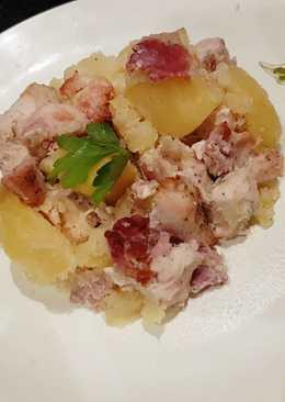 Tepsis krumpli csirke hússal