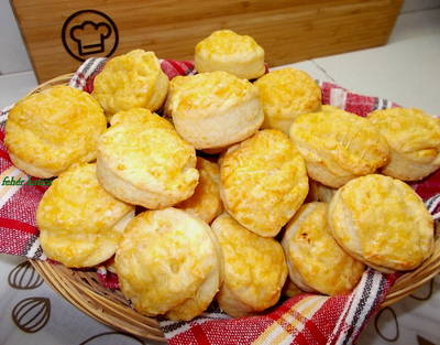 Villámgyors sajtos pogácsa