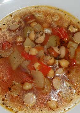 Lélekmelengető, tartalmas csicseriborsó leves
