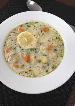 Tárkonyos-tejszínes csirkeragu leves