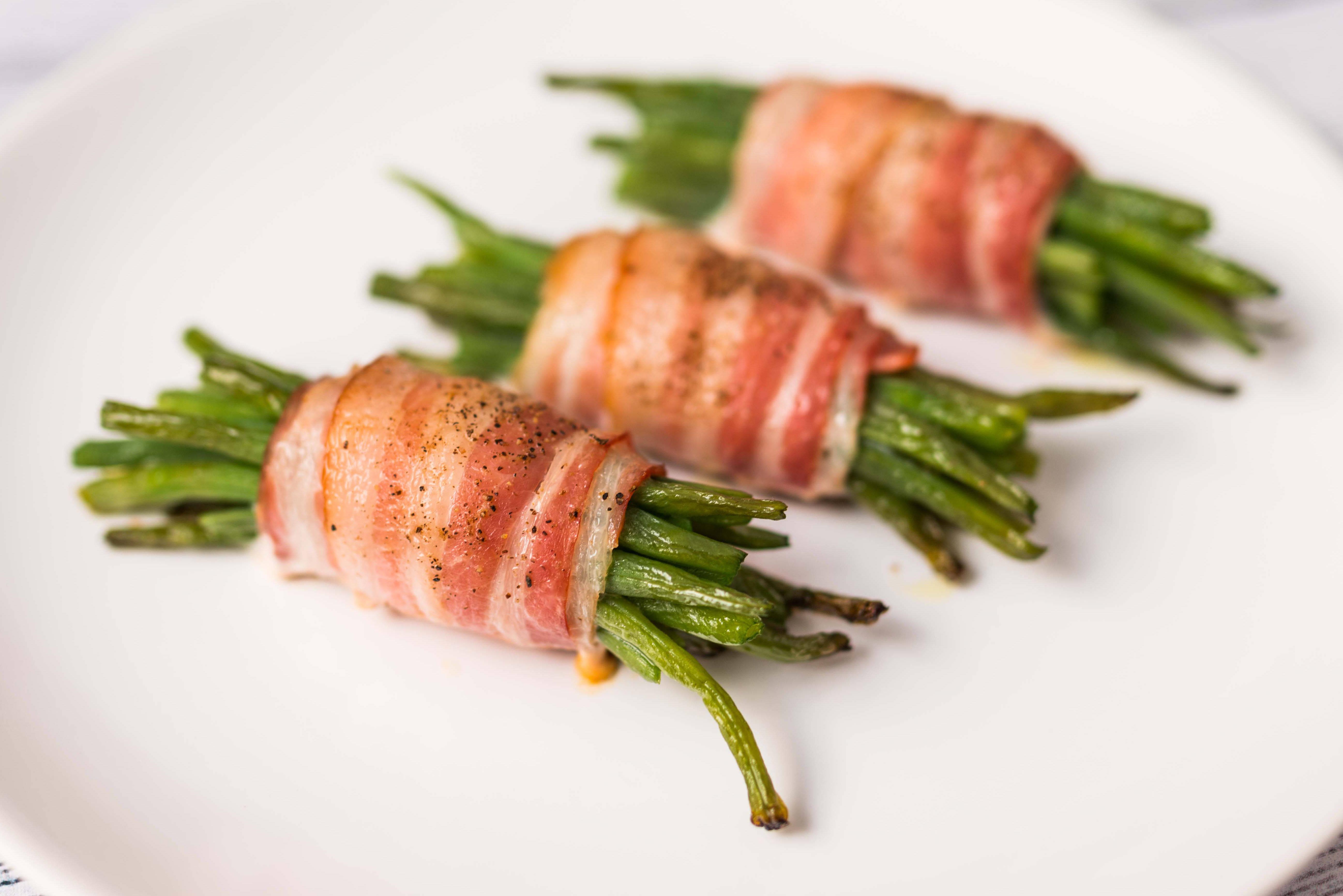 Baconbe tekert ceruzabab recept főfotó