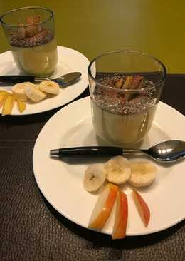 Reggeli poharas, chia maggal, gyümölccsel