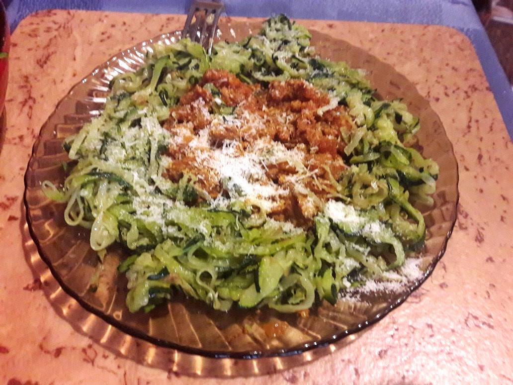 Cukkini spagetti (maradék bolognai raguval)  főfotó