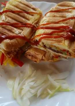 Melegszendvics panini sütőben
