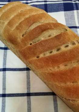 Teljeskiőrlésü kenyér