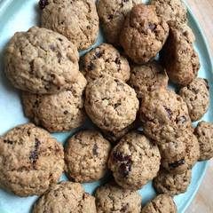 Cooksnap af Havregryns småkager med tranebær