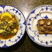 Oksekødssuppe med urter, safran og ristet rugbrød med marv