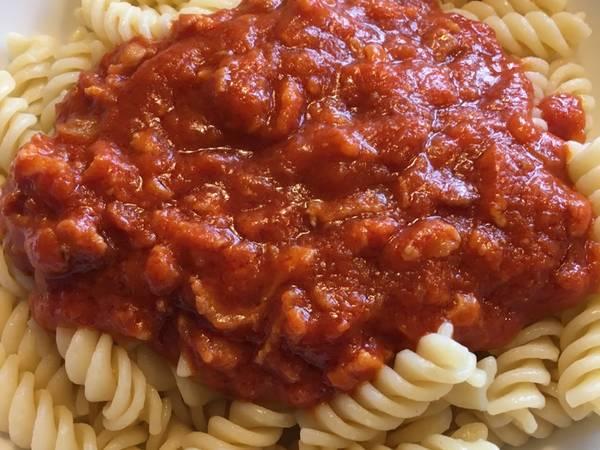 Nem og børnevenlig pastasauce