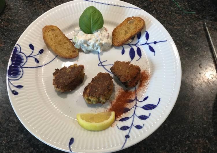 Falafel eller kikærtefrikadeller med raita
