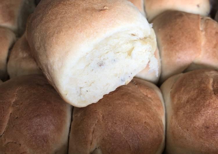 Hveder bagt med cremefraiche og kardemomme