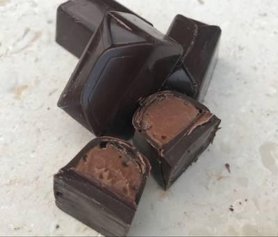 Karamelcreme til fyldt chokolade eller macarons - Rimmers Køkken