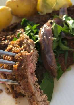 Schnitzel stegt i knækbrøds-krummer