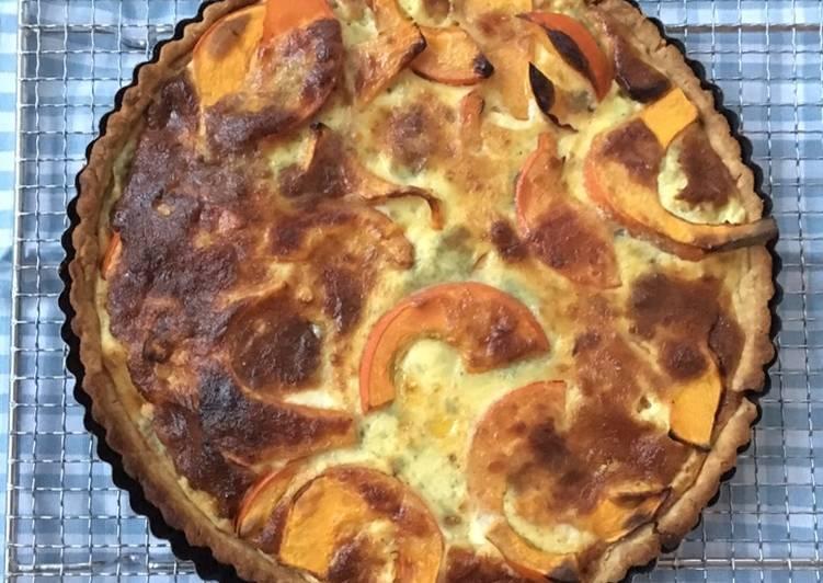 Græskartærte med blåskimmelost