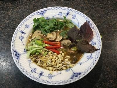 Thaikyllingesuppe med ingefær og lime
