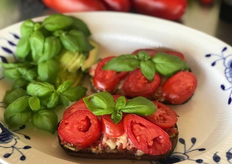 Tomat Toast