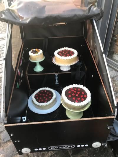Othellolagkage, m. hindbærmousse og nougatcrème - Rimmers Køkken
