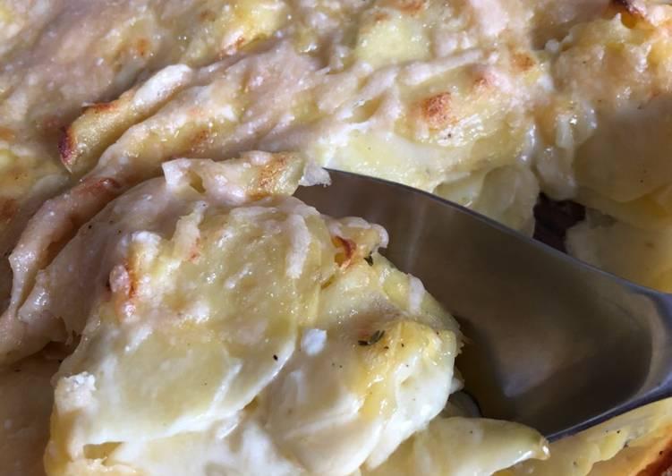 Flødekartofler med timian og ost