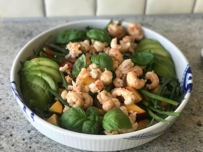 Sommer salat med hummerhaler