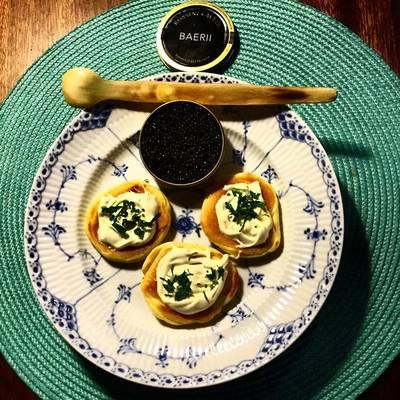 Blinis Demidoff De havde baerii caviar i Irma så jeg blev fristet. Efterårskonkurrencen