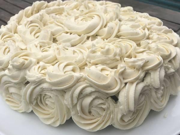 Hvid chokoladecrème med lime - Rimmers Køkken