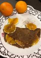 Kawowy naleśnik z pomarańczą i cynamonem