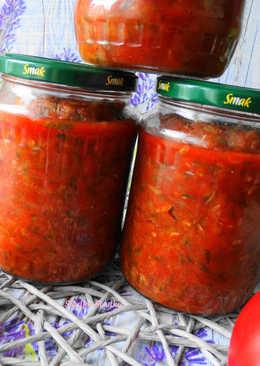 Cukinia w Sosie Pomidorowym do Słoików na Zimę