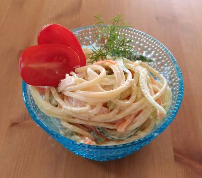 Spaghetti sallad