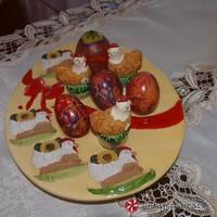 Πολύχρωμα αυγά με κλωστή φλος