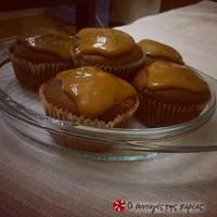 Muffins με 2 είδη σοκολάτας