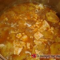 Πατάτες με κιμά στή κατσαρόλα
