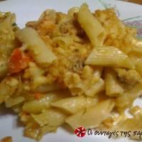 Πένες με κολοκυθάκια και καρότα στο φούρνο