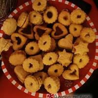 Μπισκότα διπλά με μαρμελάδα