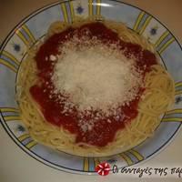 Κόκκινη σάλτσα για μακαρόνια
