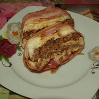 Λαζάνια στο φούρνο τυλιχτά με μπέικον και μπεσαμέλ