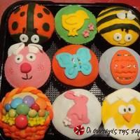 Cupcakes πασχαλινά καλαθάκια με smarties