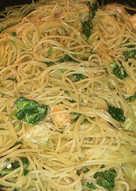 Γαρίδες με μακαρόνια και σπανάκι