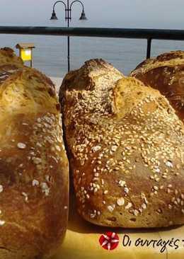 Πολύκαρπο ψωμί με προζύμι