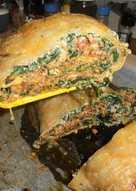 Απλώστε, αλείψτε, τυλίξτε, τελειώσατε_2! Ρολό στο φούρνο με πατάτες, σπανάκι και ρικότα