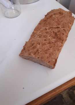Εύκολο ψωμί με φαρίνα και ξυνόγαλα χωρίς μπύρα