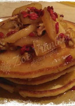 Pancakes με σωταρισμένα μήλα Goji Berry - my way
