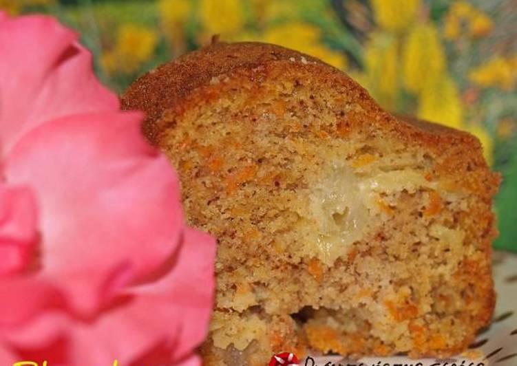 Κέικ με καρότο, ανανά και ινδοκάρυδο