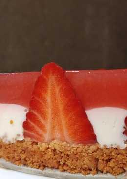 Cheese Cake ψυγείου με φράουλα και κρέμα mascarpone