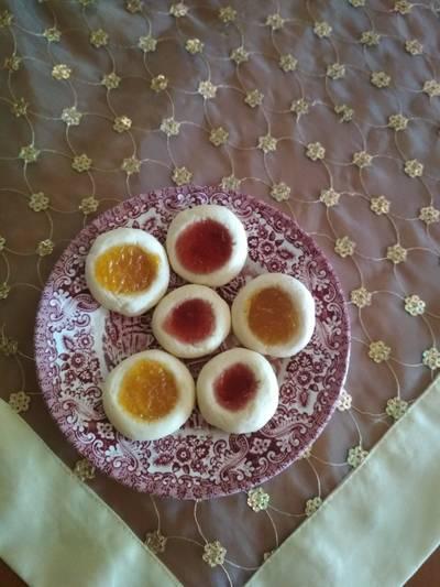Μπισκότα βουτύρου με μαρμελάδα