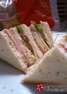 Club Sandwich με ψωμί Brioche