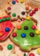 Απλά και εύκολα Χριστουγεννιάτικα μπισκότα