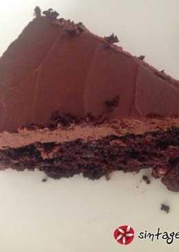 Τούρτα σοκολάτα με κεράσια dairy-free