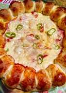Πίτσα με γεμιστό στεφάνι