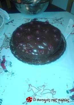 Τούρτα σοκολάτας με βύσσινα