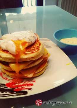 Αλμυρά pancakes με αβγά ποσέ
