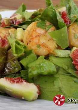 Σαλάτα με φρέσκα σύκα, γαρίδες και σως συκόμελου